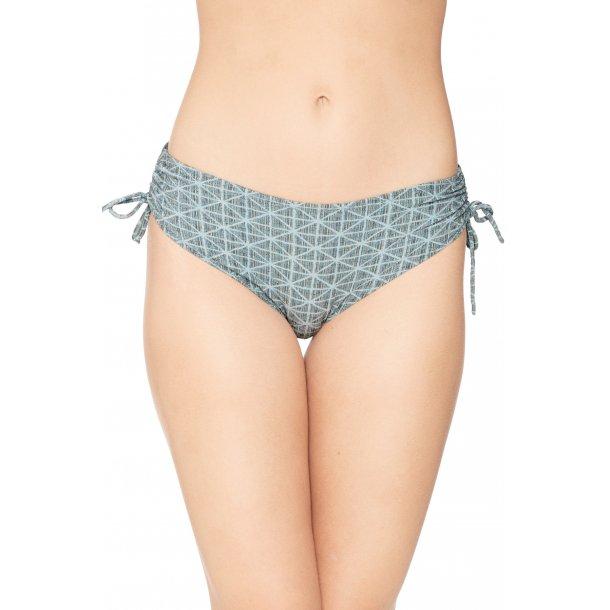 Miss Cannes bikini tanga